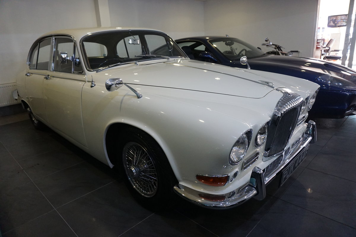 1967 Daimler  Sovereign   For Sale (picture 2 of 6)
