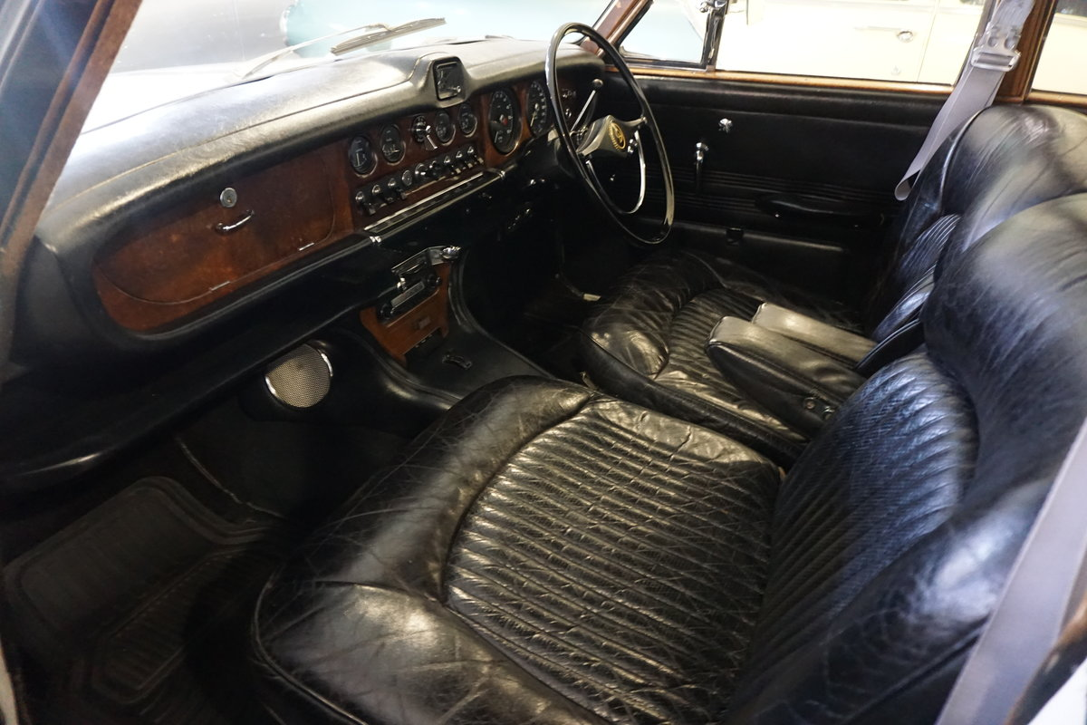 1967 Daimler  Sovereign   For Sale (picture 6 of 6)