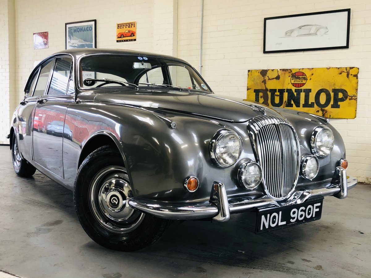 1967 DAIMLER 250 V8 AUTO - FAMILY OWNED FOR OVER 40 YEARS!  For Sale (picture 2 of 6)