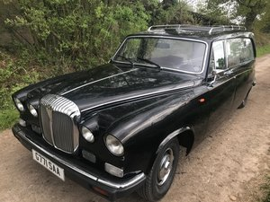 daimler ds420 hearse one owner 38,000 miles