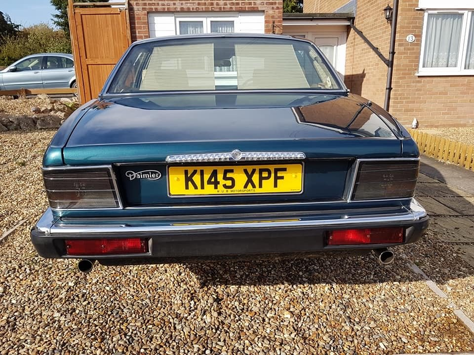 1993 1992 Daimler 4.0 Auto XJ40 - Stunning Condition For Sale (picture 3 of 6)