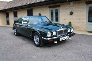 1991 DAIMLER DOUBLE SIX – 32,000 MILES – £19,950 For Sale