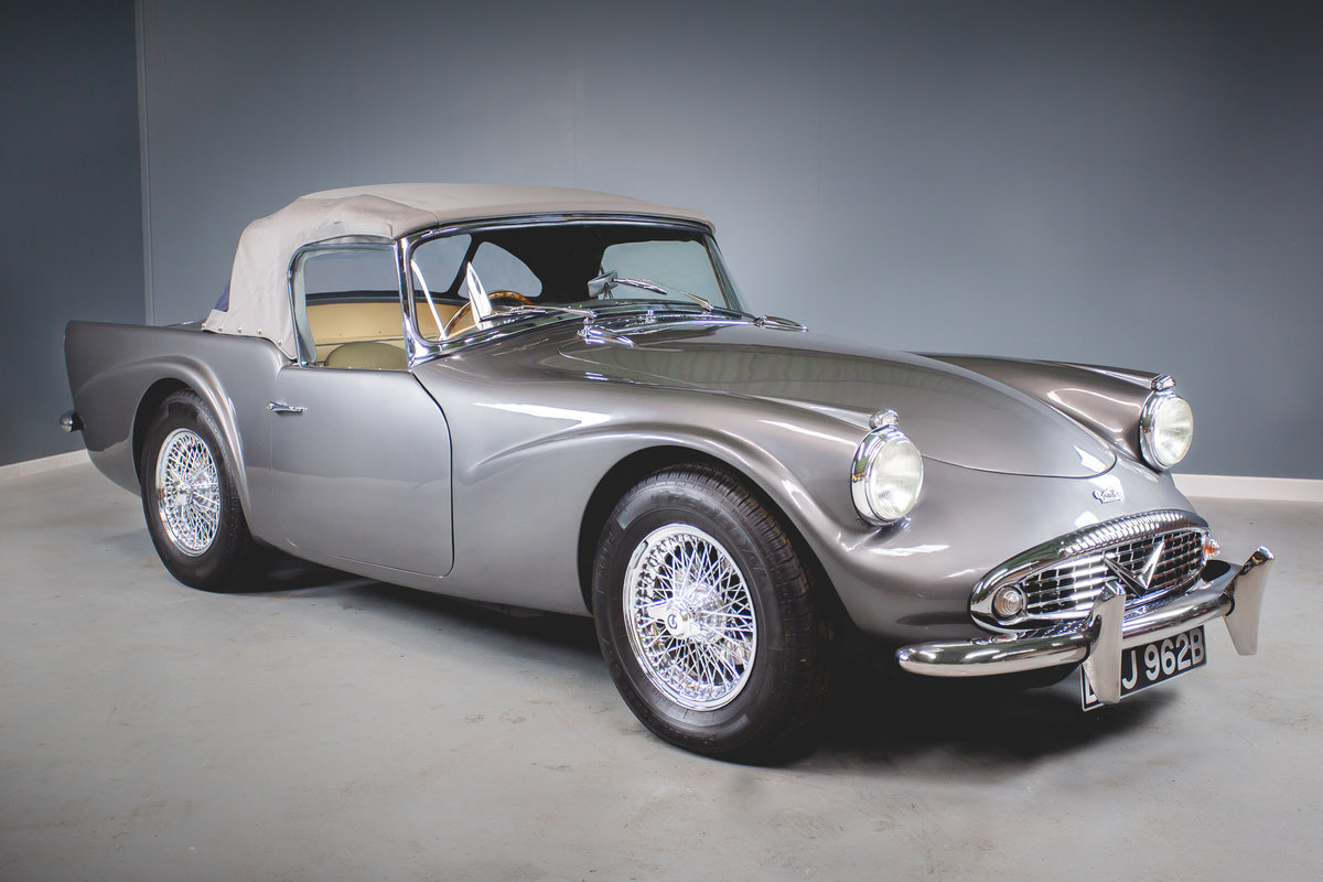 1964 Daimler Dart (SP250) SOLD (picture 1 of 6)