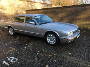 2002 Daimler Super V8 under 32k miles and perfect condtion
