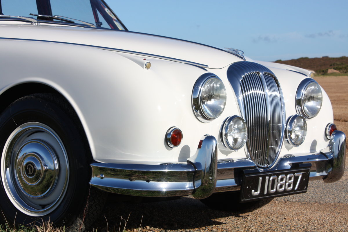 1967 Daimler V8 with low mileage and owners For Sale (picture 6 of 6)