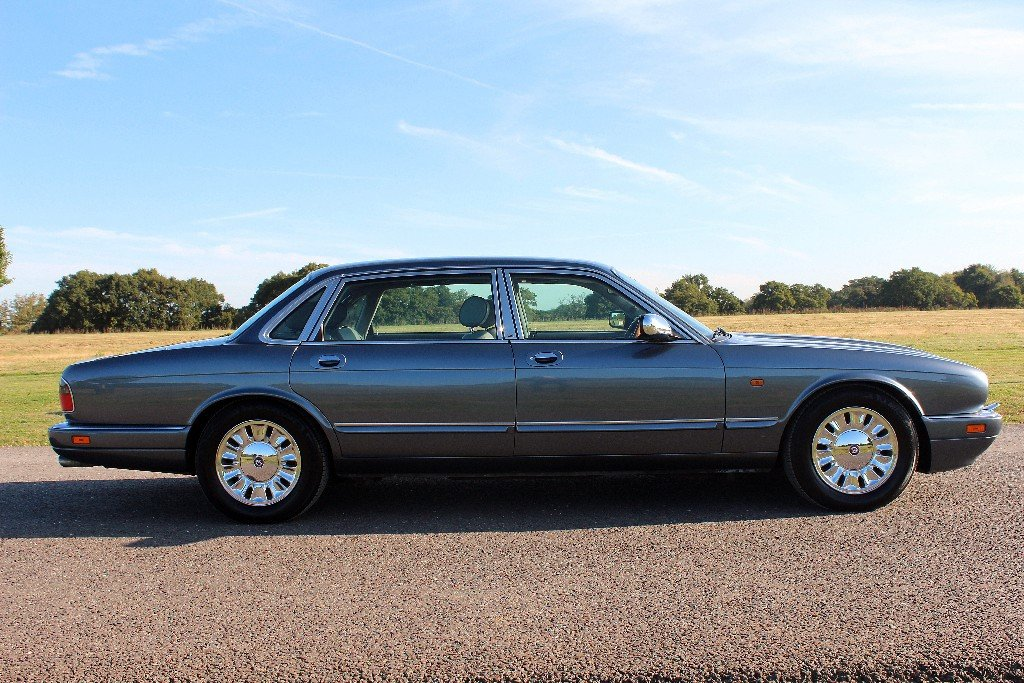 1997 Daimler Double Six Majestic,  For Sale (picture 4 of 6)