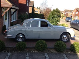 1969 Daimler 250 v8 For Sale