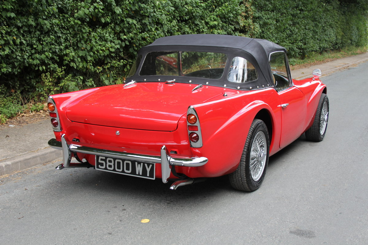 1961 Daimler SP250 Dart, 70k miles, history from new For Sale (picture 5 of 21)