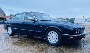 1997 Daimler SIX LWB Auto *Reduced*
