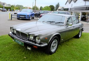 Picture of 1992 Daimler Double Six - Series III For Sale