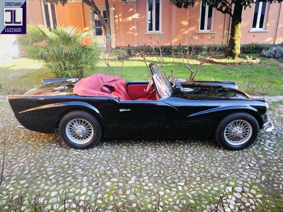 VERY RARE 1963 DAIMLER SP 250 DART euro 54.800 For Sale (picture 2 of 6)