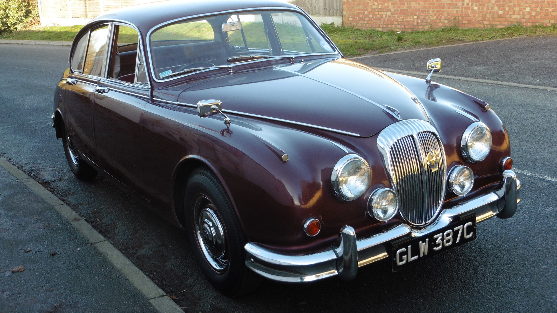 1965 Daimler V8 250 Just 2 Owners & 45,000 Miles Time Warp Cond. SOLD (picture 3 of 6)