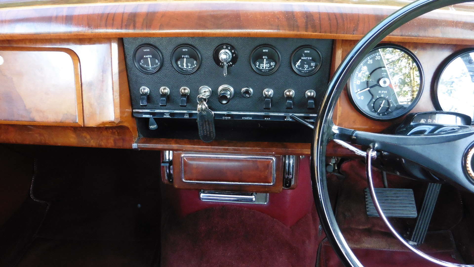 1965 Daimler V8 250 Just 2 Owners & 45,000 Miles Time Warp Cond. SOLD (picture 5 of 6)