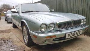 1999 Daimler 4.0 V8 Super