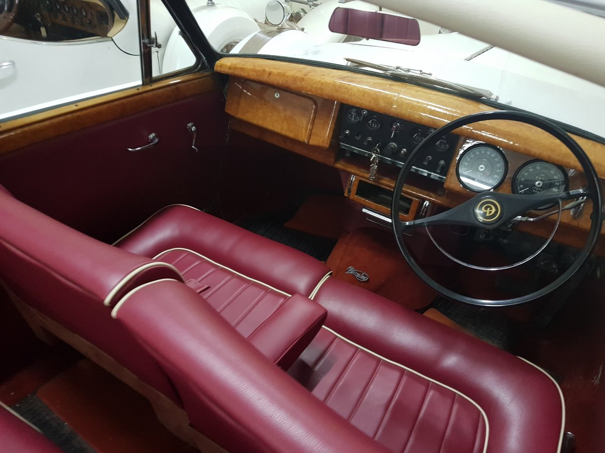 1968 Excalibur wedding car For Sale (picture 4 of 6)