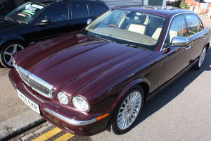 2006 Daimler Super V8 06  LWB Portfolio Spec Black Cherry 1 OWNER For Sale