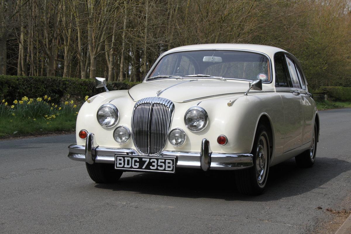 1964 Daimler 250 V8 Saloon, Show Standard, 800 Hour Restoration For Sale (picture 3 of 20)
