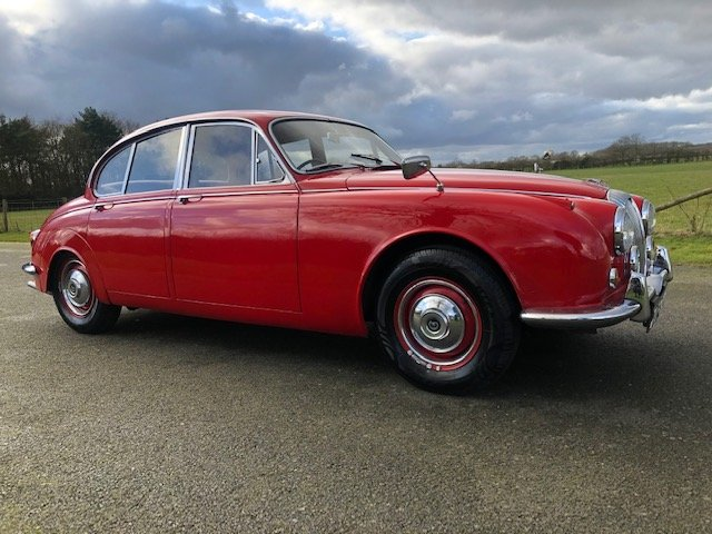 1968 Daimler 250 V8 Automatic For Sale (picture 3 of 6)