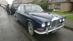 Daimler sovereign 4.2 6cyl