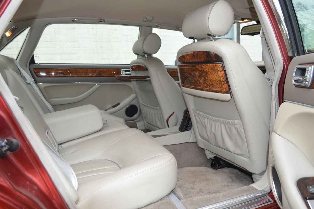 1995 Daimler 4 litre Auto LWB Flamingo Red For Sale (picture 4 of 6)
