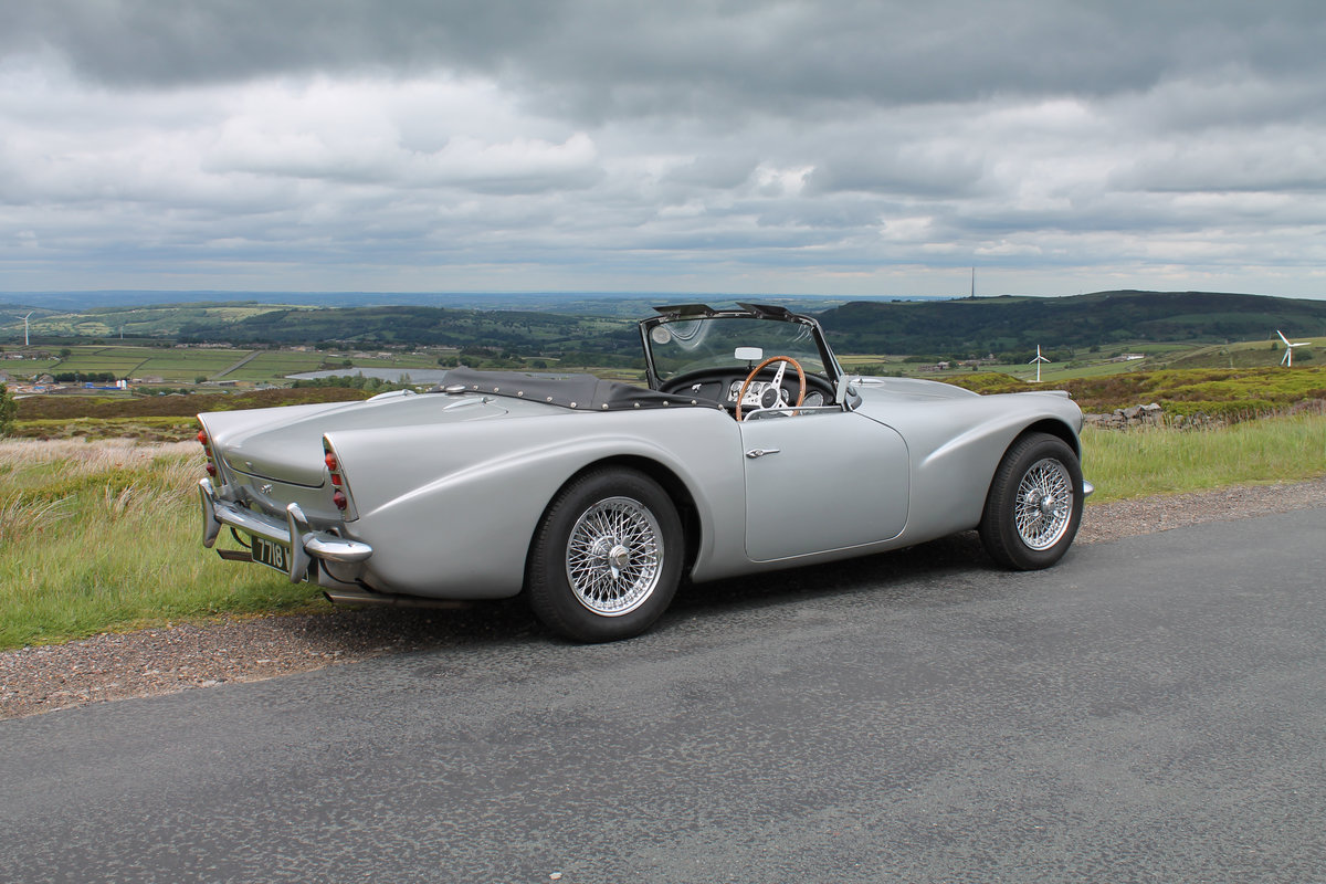 1964 Daimler SP250 Dart  SOLD (picture 2 of 6)