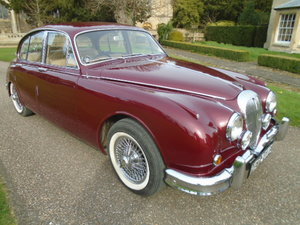 1967 Daimler 250 V8 Saloon.  For Sale