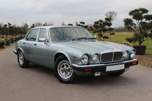 Picture of 1992 Daimler Double Six, Series 3  For Sale