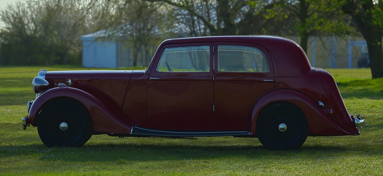 1939 Daimler EL24 Charlesworth Sports Saloon For Sale (picture 2 of 6)