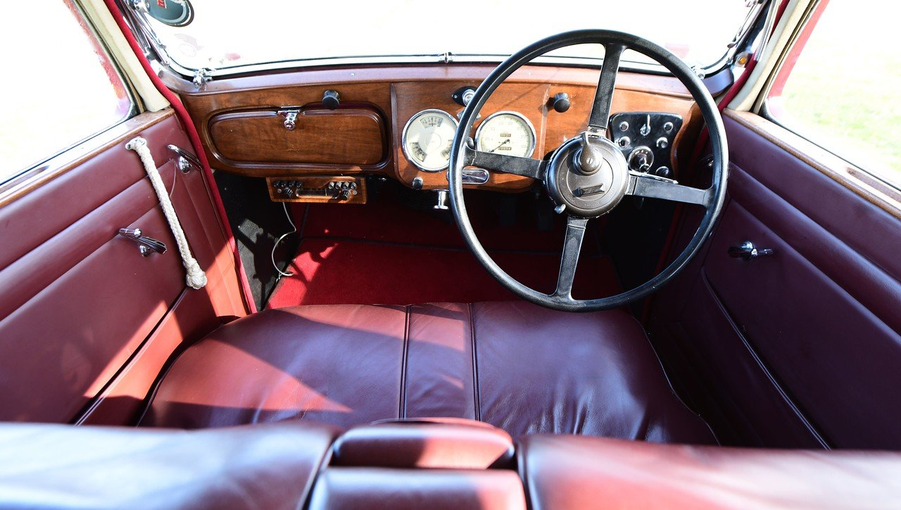 1939 Daimler EL24 Charlesworth Sports Saloon For Sale (picture 4 of 6)