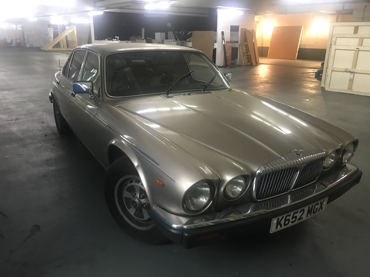 1993 Daimler double six v12 5.3 (hot climate import) For Sale (picture 1 of 4)