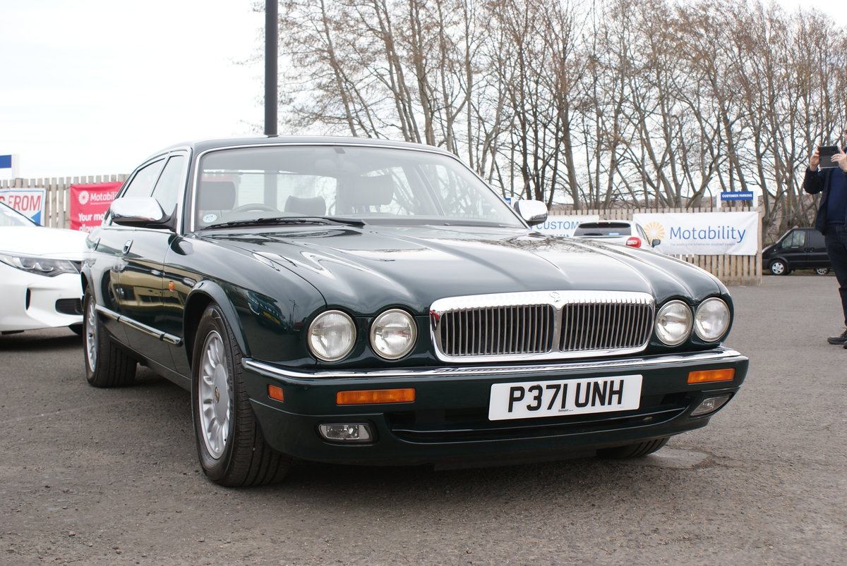 1997 Daimler doublesix For Sale (picture 1 of 6)
