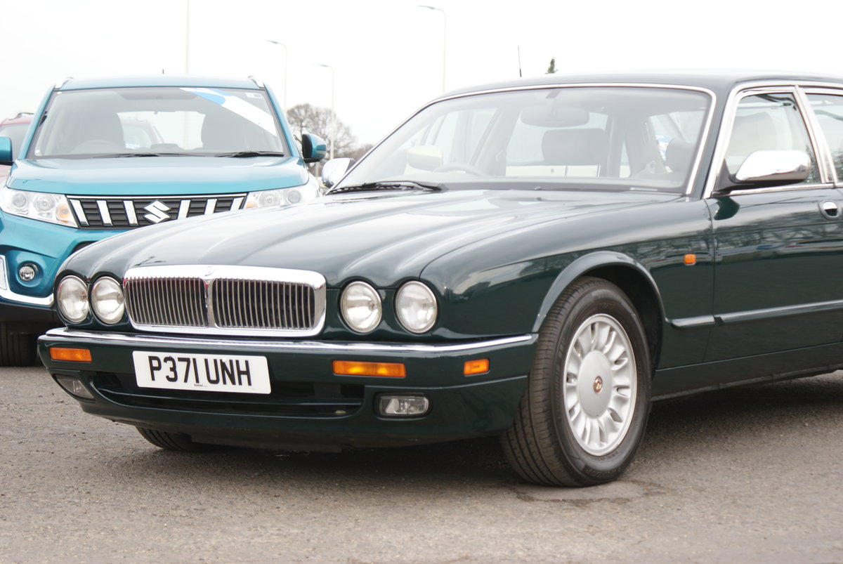 1997 Daimler doublesix For Sale (picture 2 of 6)