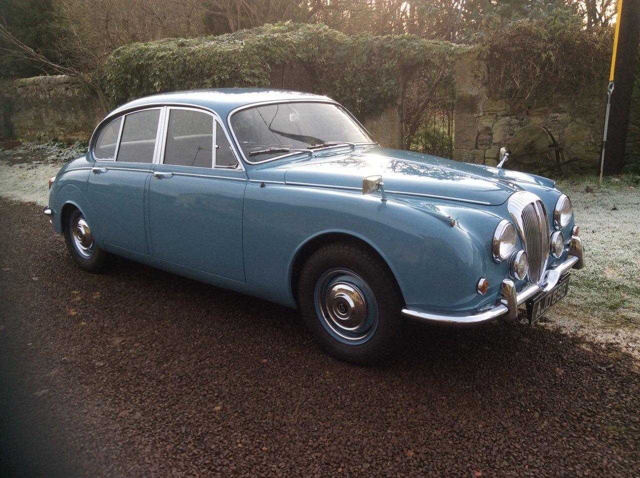 1969 Daimler V8 250  For Sale (picture 1 of 6)