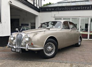 1967 DAIMLER 250 V8 SALOON AUTOMATIC &P/STEERING
