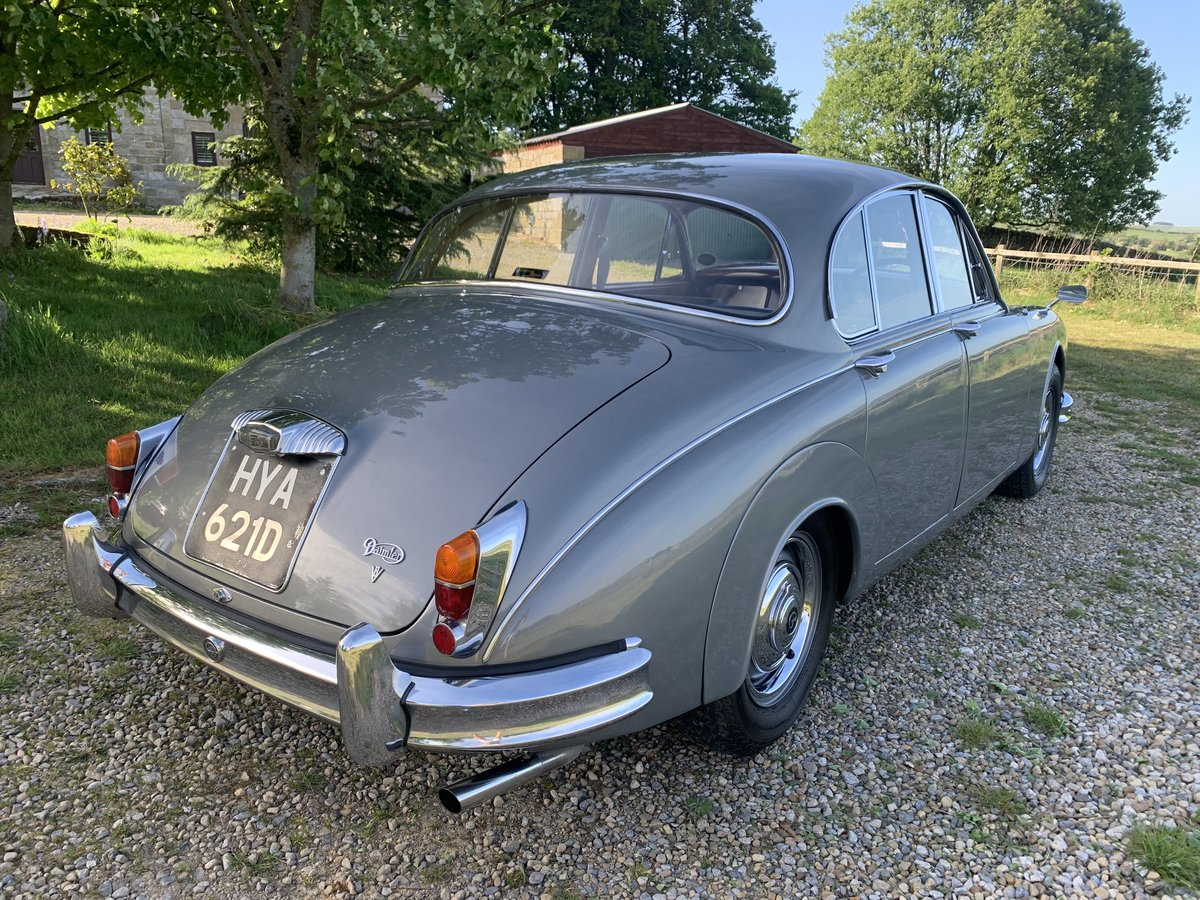 1965 Daimler V8 2.5 Litre Saloon AUTO SOLD (picture 6 of 6)