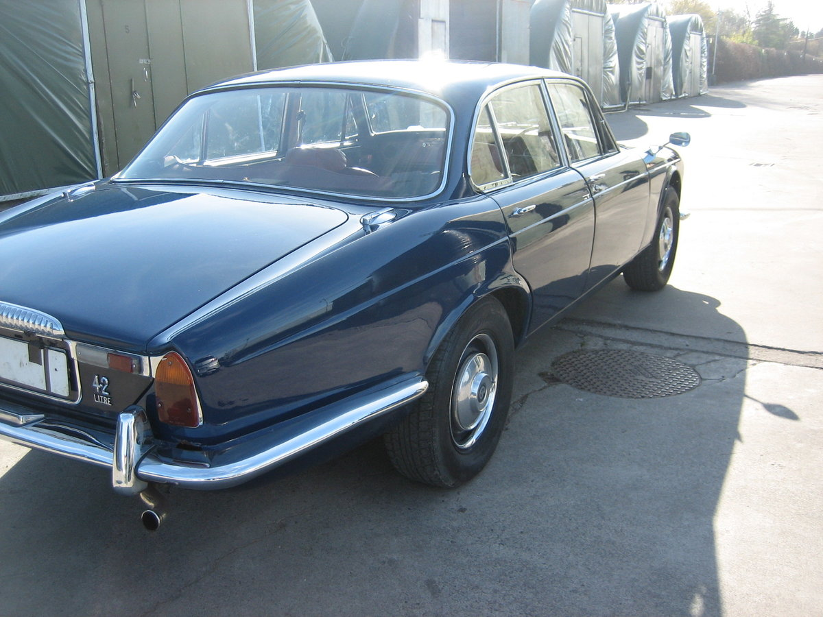 1970 daimler ser.1 4.2  For Sale (picture 2 of 6)