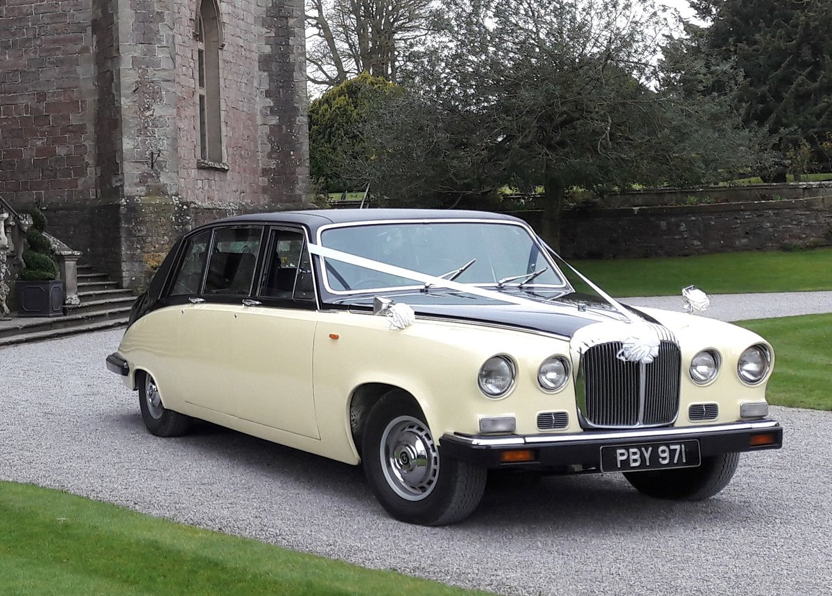 1989 Stunning Daimler DS420 in good condition SOLD (picture 1 of 6)