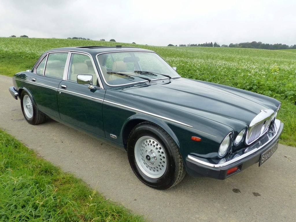 1992 Daimler Double Six Series III - last year of construction For Sale (picture 2 of 6)