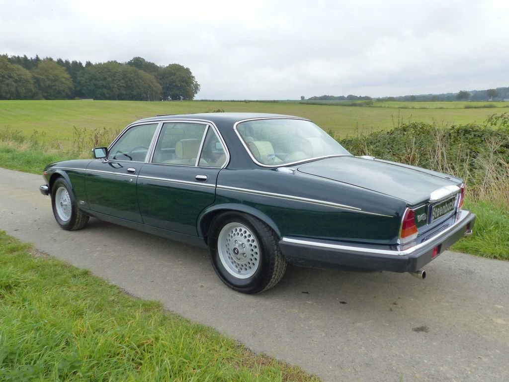 1992 Daimler Double Six Series III - last year of construction For Sale (picture 3 of 6)