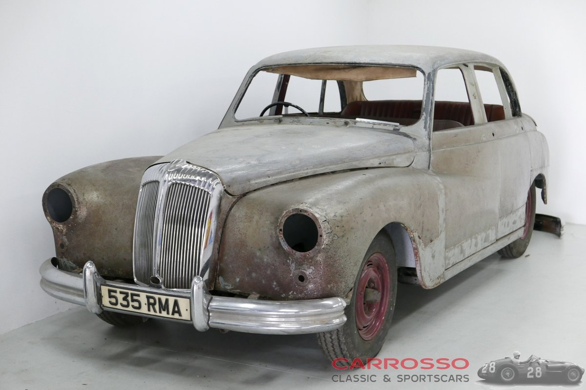 1958 Daimler Majestic 3.8 Saloon for Restoration For Sale (picture 1 of 6)