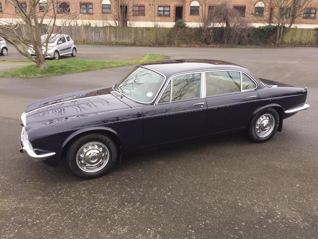 1977 Stunning Daimler Sovereign 4.2 For Sale (picture 4 of 6)