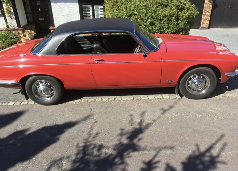 1977 daimler coupe For Sale (picture 3 of 6)