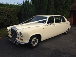 Daimler DS420 Wedding Limo
