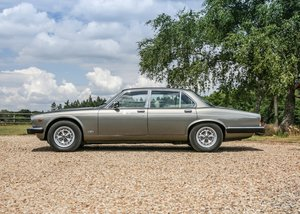 1992 Daimler Double-Six Series III For Sale by Auction