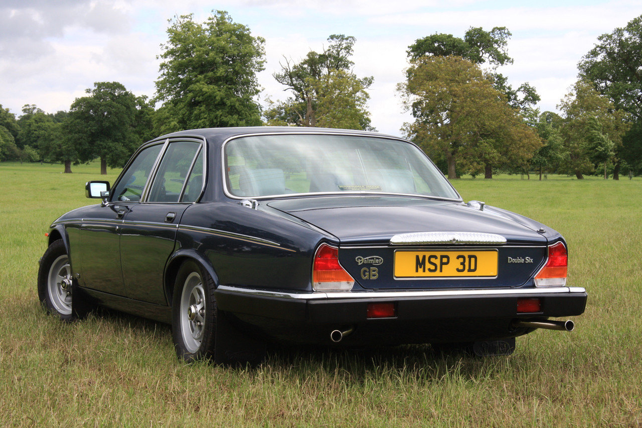 1990 Daimler Double Six Series III (Jaguar XJ V12) For Sale (picture 3 of 6)