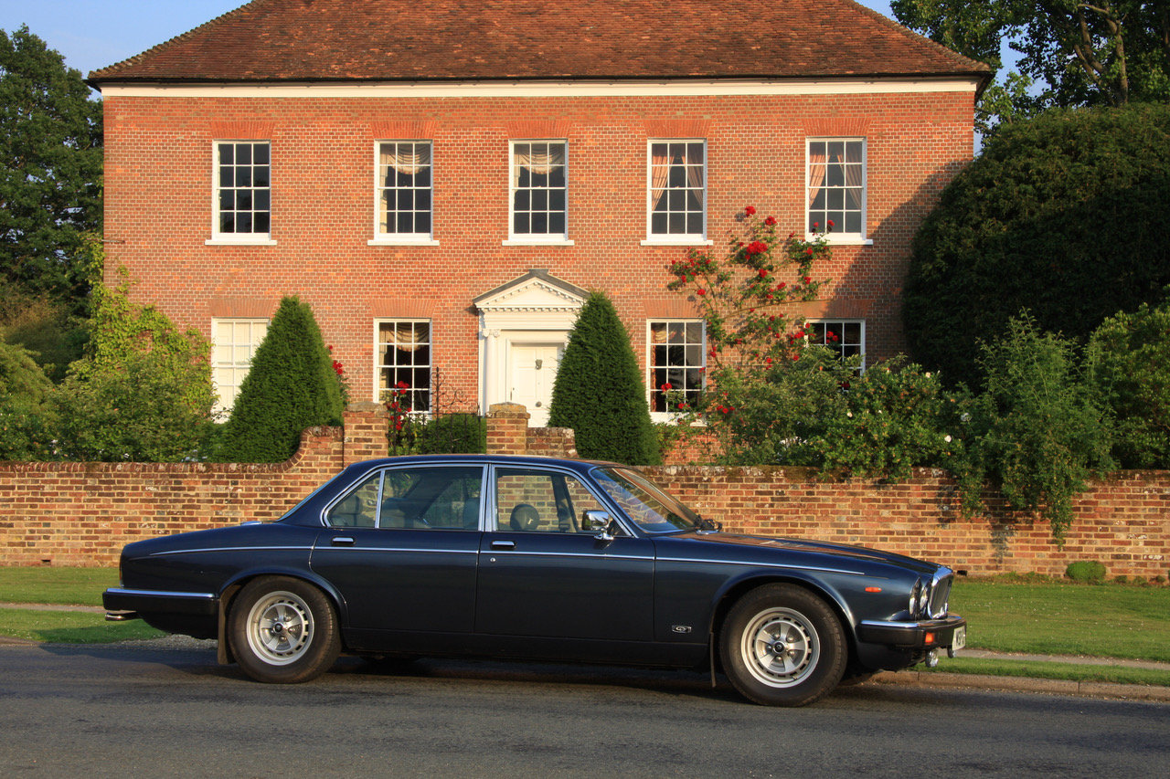 1990 Daimler Double Six Series III (Jaguar XJ V12) For Sale (picture 6 of 6)
