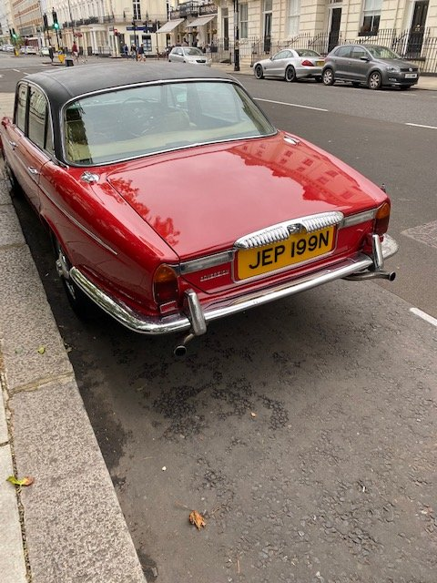 1975 Beautiful daimler serie 2 many expenses on it For Sale (picture 1 of 6)