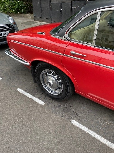 1975 Beautiful daimler serie 2 many expenses on it For Sale (picture 3 of 6)