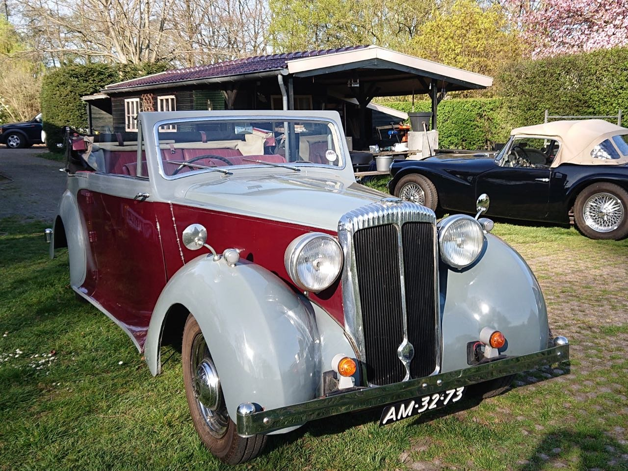 1950 Daimler DB18 three position drophead For Sale (picture 2 of 6)