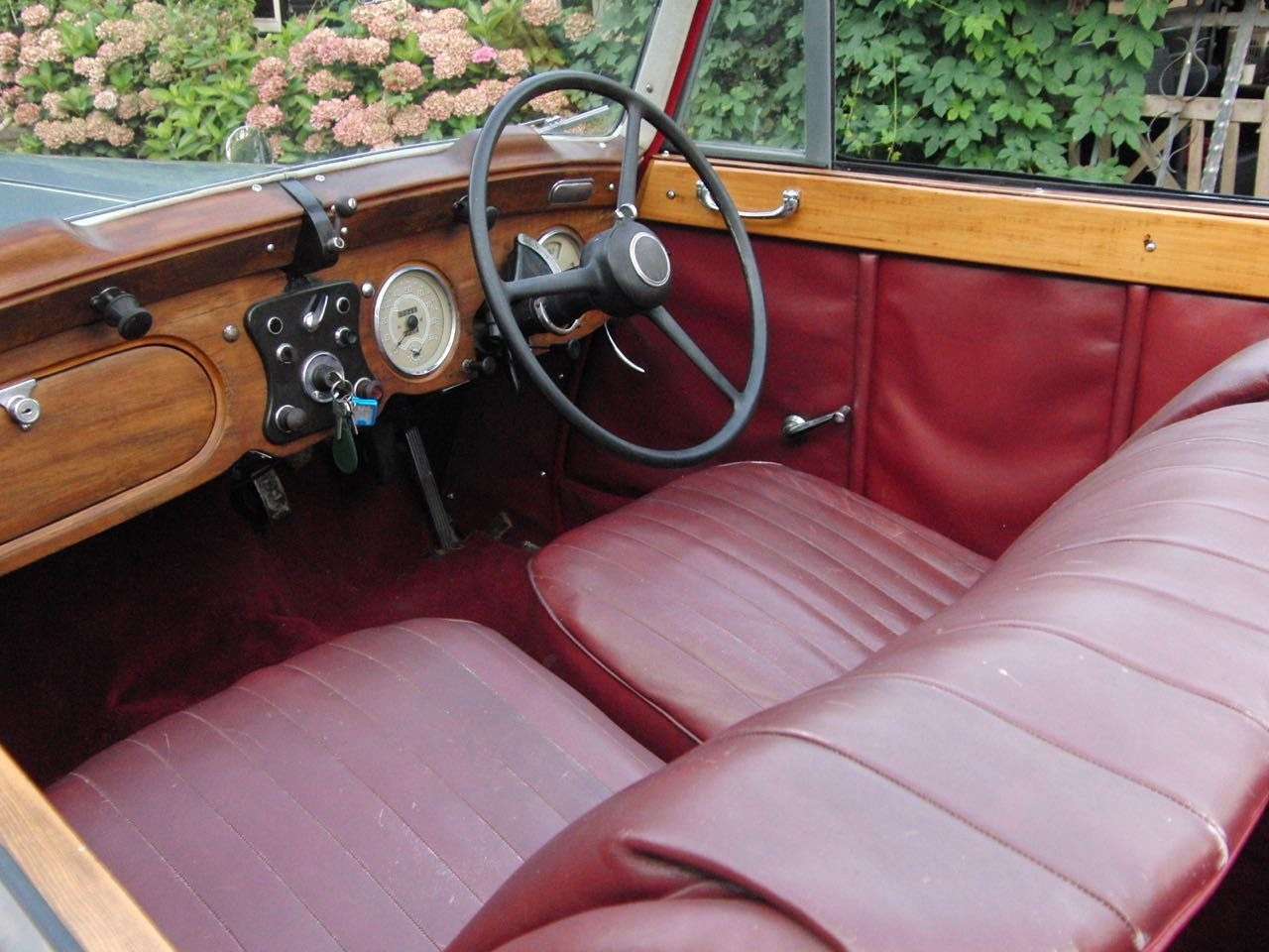1950 Daimler DB18 three position drophead For Sale (picture 4 of 6)